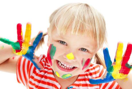 Anak 3 Tahun Hiperaktif dan Belum Bisa Bicara, Bagaimana Mengatasinya?