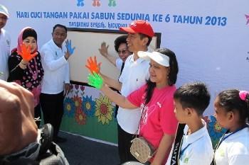 Meriahnya Peringatan Hari Cuci Tangan Pakai Sabun di Senayan