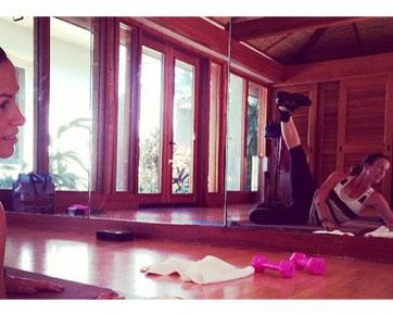 Foto: Selebriti Ramai-ramai Pamer Tubuh Indah Saat Nge-gym