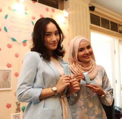Ria Miranda dan Tatjana Saphira Jadi Wajah Terbaru Wardah Cosmetics