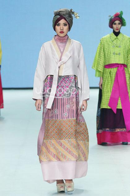 Hijab Style Cantik Dengan Hanbok Khas Korea Di Koleksi Terbaru Iva Lativah 9