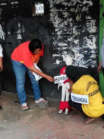 Polisi Gelar Rekonstruksi Penyiksaan Sadis Balita Iqbal oleh Dadang