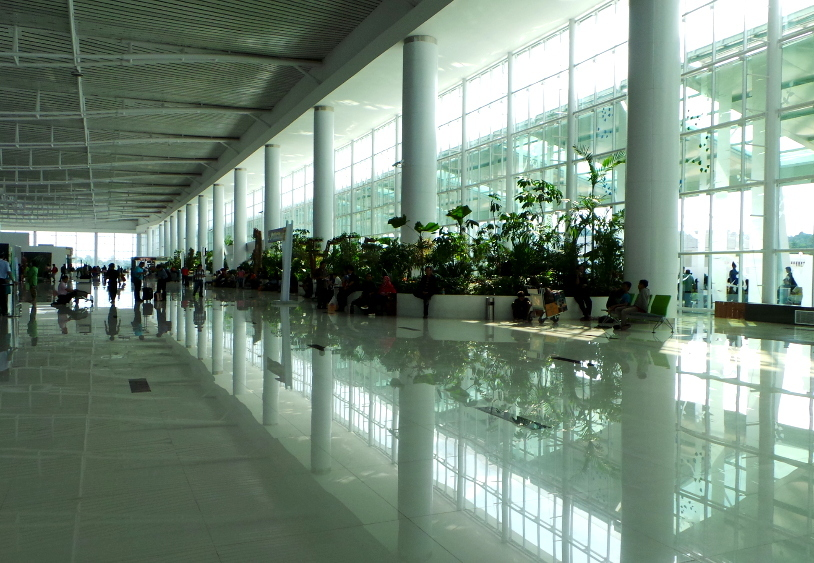 Changi? Bukan, Ini Bandara Sepinggan di Balikpapan