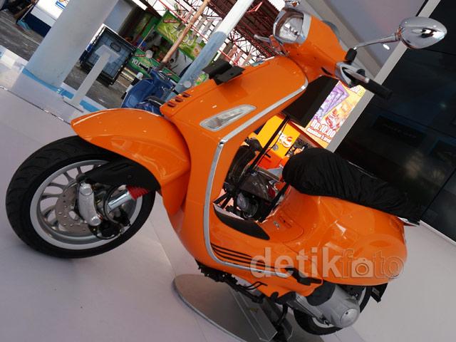 Motor Vespa untuk Pria Muda
