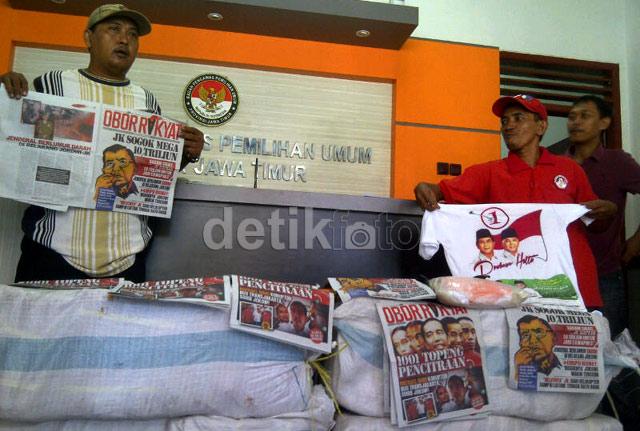 Relawan Jokowi-JK Laporkan Pembagian Beras ke Bawaslu