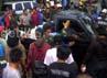 Setelah berhasil mengusir pemasangan plakat bebas prostitusi, warga giliran melurug kantor Kelurahan Putat Jaya. Warga pun sampai masuk di balai kelurahan, namun tidak melakukan aksi anarkis, meminta Lurah Putat Jaya untuk menjelaskan maksud pemasangan plakat tersebut.
