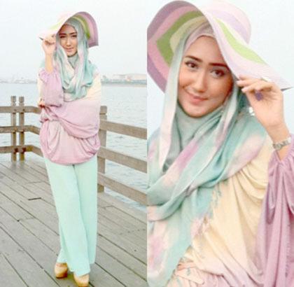 Hijab Style Bergaya Dengan Topi Besar Ala Zaskia Sungkar Para Selebgram 3