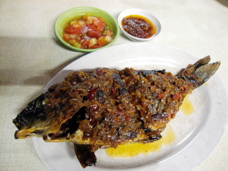 Download 750+ Gambar Ikan Bakar Di Piring Terbaru