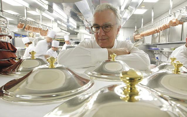 Prihatin Sumber Daya Alam Makin Langka, <i>Chef</i> Ducasse Prioritaskan Menu Vegetarian