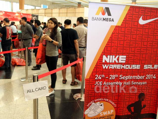 Nike dan Bank Mega Gelar Diskon Gede-gedean