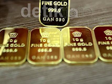 Dolar Perkasa Harga Emas Di Pedagang Turun Drastis