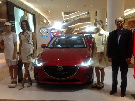 Mazda2 Jadi Inspirasi 3 Desainer Muda dalam Membuat Busana