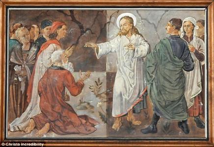 Ditemukan Lukisan Pria Mirip Hitler Berdiri di Samping Yesus