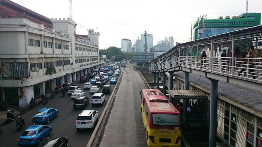 12 Jalan Tikus Di Jakarta Nyang Udeh: Bus Gratis Tak Jadi Pilihan Pemotor Saat Dilarang Masuk HI