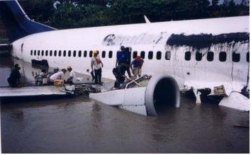 Doa Pilot Abdul Rozaq Menjelang Pendaratan Darurat Selamatkan Penumpang