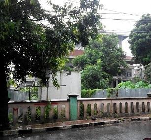 Renovasi Kantor Camat Ciracas Tak Kunjung Selesai Warga Keluhkan Pelayanan