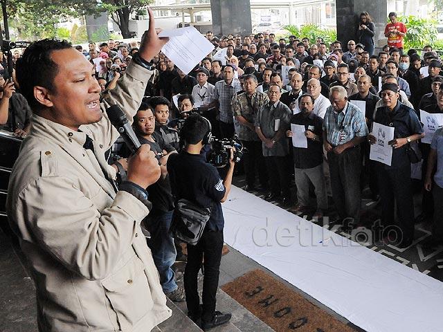 Pegawai KPK Tolak Pelimpahan Kasus BG