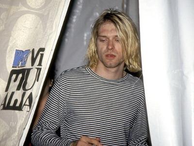 Kurt Cobain Bunuh Diri karena Patah Hati?