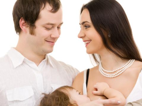 Hai Suami, Lakukan Pemijatan Seperti Ini Agar Produksi ASI Istri Lancar