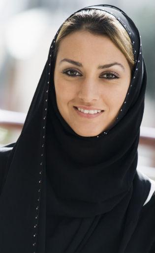 Tips Merawat Rambut Saat Menggunakan Hijab