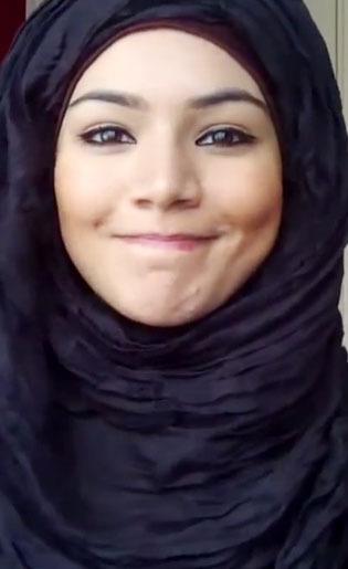 Tutorial Hijab Menutup Dada Dengan Pashmina Crinkle Rawis