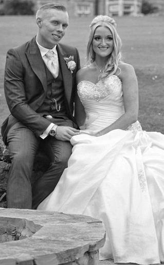 Kompak Diet Jelang Pernikahan, Emma dan Michael Sukses Turun 33 Kg