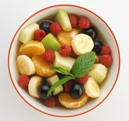5 Buah untuk Atasi Perut Kembung Akibat Terlalu Banyak Makan Junk Food