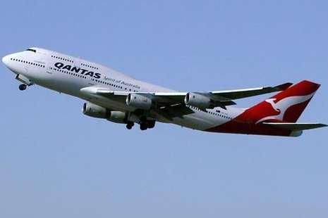 Dikira Tidur, Penumpang Pesawat Ternyata Sekarat