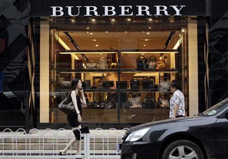 Tak Hanya Louis Vuitton, Omzet Burberry Juga Jeblok