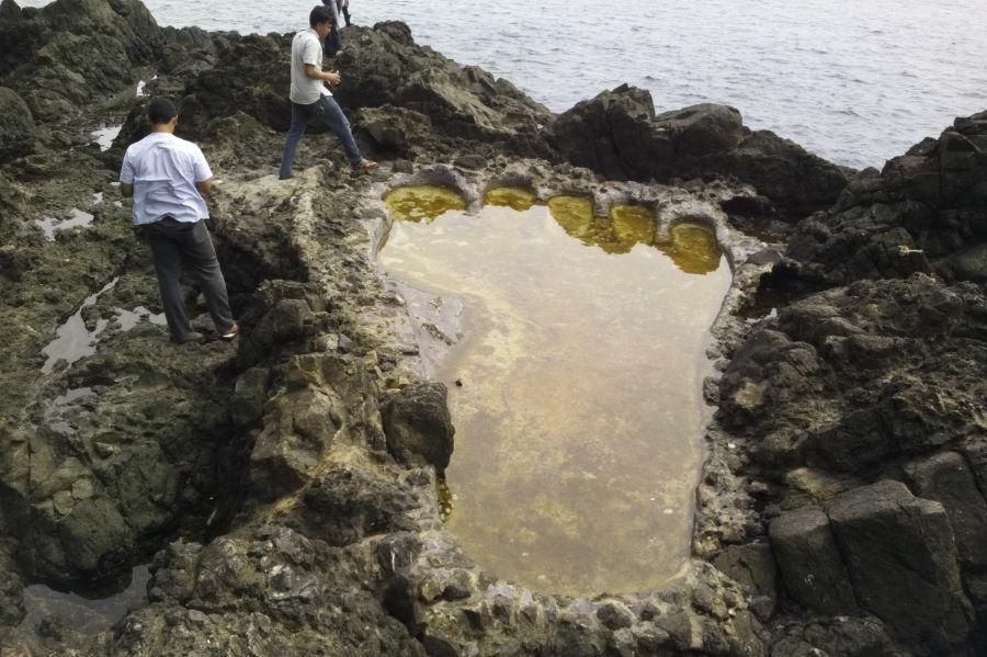 Misteri Tapak Kaki Raksasa Di Aceh Selatan