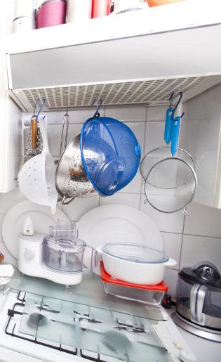 6 Trik Menata Peralatan Masak Agar Dapur Tidak Terlihat Sempit