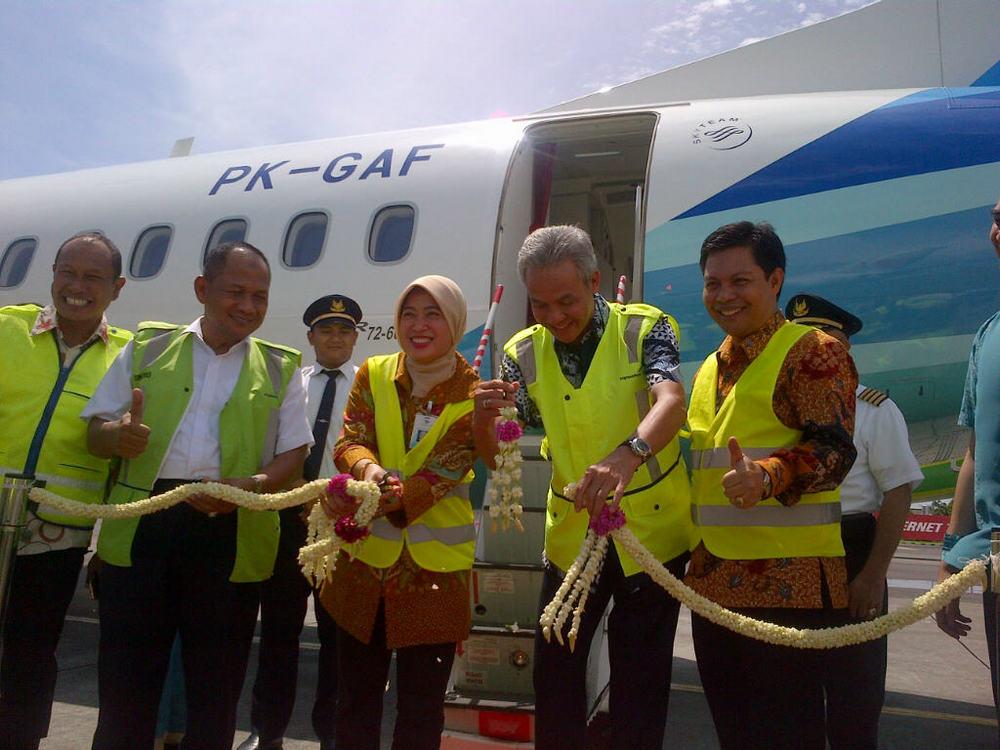 Penerbangan Perdana Garuda Pangkalan Bun Semarang Penuh