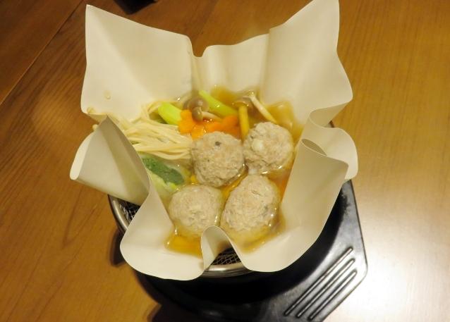Slurp! Hangat Gurih, <i>Kaminabe</i> dengan Isian <i>Seafood</i>