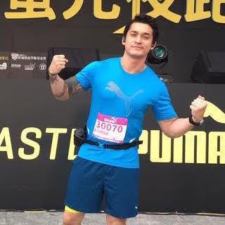 Kiat Miller Khan Lewati Tantangan Lari 14K