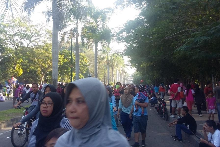 Asyiknya Ngabuburit Sambil Berwisata Di Taman Udayana Lombok