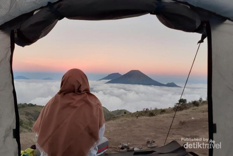 Gunung Prau Dan Negeri Di Atas Awan
