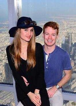Cinta Laura Rayakan Tahun Baru di Dubai dengan Kekasih Baru