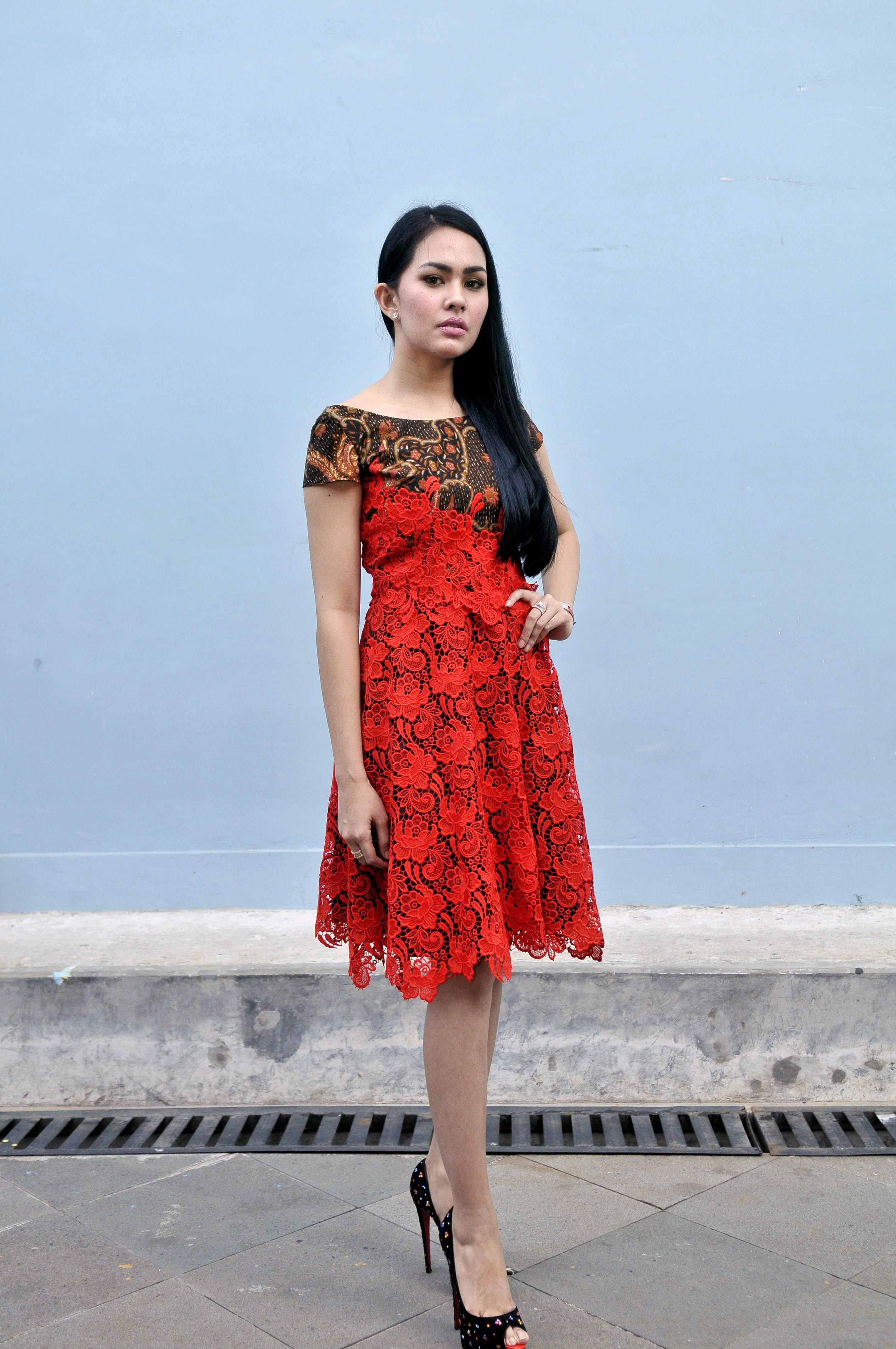 Kartika Putri Jauhi Jessica Iskandar