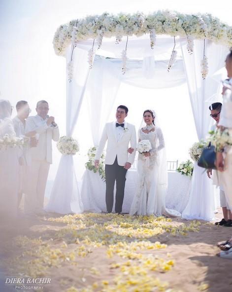 Pernikahan Diam-diam Asty Ananta