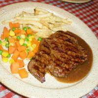 Nyam Nyam... Steak Murah Lagi Enak!