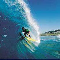 Pelanggan Indosat Lebih Suka Surfing di Bali