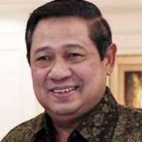 SBY Senang Nyetir Sendiri Cari Jalan Baru