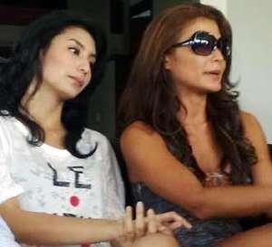 Dua Aktris Cantik di Film Rizal Mantovani