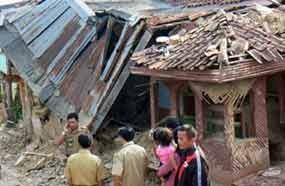 Masih Ada Yang Percaya Kabar Bohong Gempa Pukul 13 00 14 00 Wib