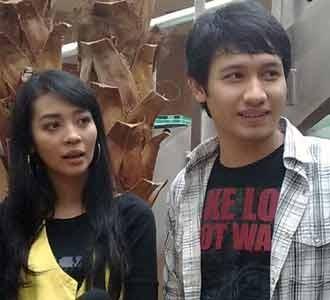 Nuri Maulida & Suami