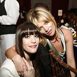Liv Tyler Suka Bergaya Dengan Baju Kate Moss