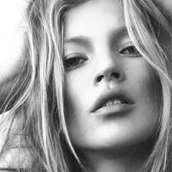 Ular, Rahasia Kulit Halus Kate Moss