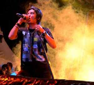 ST12 Ingin Menang AMI Awards
