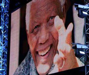 Cicit Mandela Tewas Kecelakaan