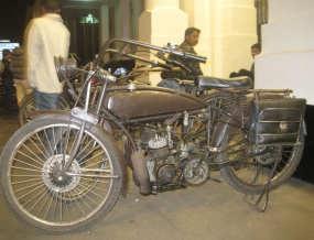 Sepeda Ontel Disulap Jadi Motor